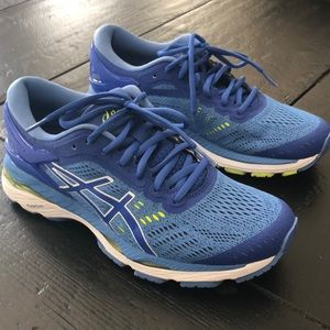 ASICS Gel Kayano 24. Excellent condition!